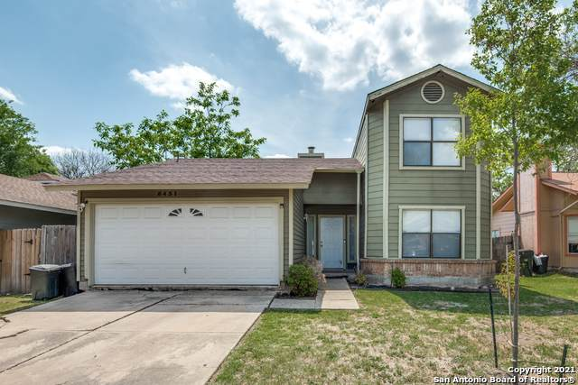 8431 Cascade Ridge Dr, San Antonio, TX 78239 (MLS #1519513) :: The Glover Homes & Land Group