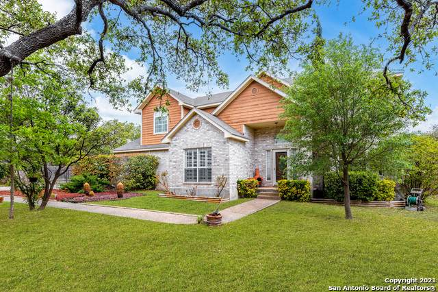 10803 Hunters Way, Helotes, TX 78023 (#1519563) :: The Perry Henderson Group at Berkshire Hathaway Texas Realty