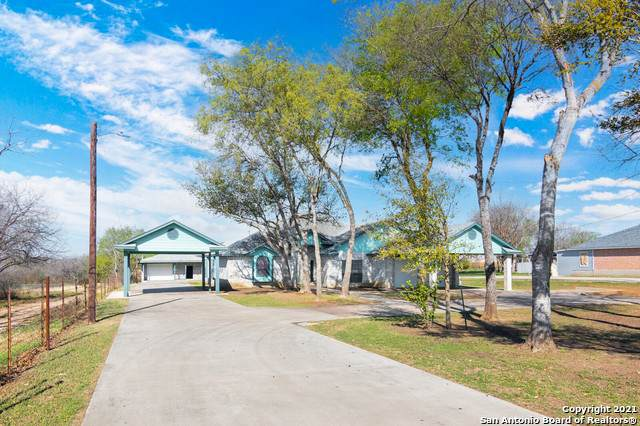 3787 S Foster Rd, San Antonio, TX 78222 (MLS #1519810) :: Carolina Garcia Real Estate Group