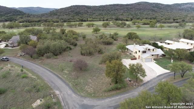 520 Mountain Valley Dr, ConCan, TX 78838 (MLS #1519834) :: ForSaleSanAntonioHomes.com