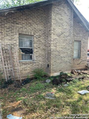 1314 Lee Hall, San Antonio, TX 78201 (MLS #1519922) :: Carter Fine Homes - Keller Williams Heritage