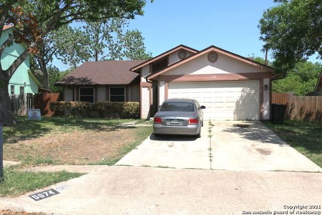 5674 Wood Oak, San Antonio, TX 78233 (MLS #1519962) :: The Real Estate Jesus Team