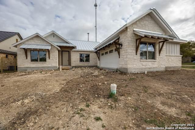 110 Chama Dr, Boerne, TX 78006 (MLS #1519987) :: BHGRE HomeCity San Antonio