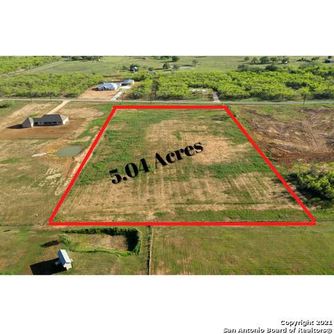 14651 Silesia Dr, St Hedwig, TX 78152 (MLS #1519990) :: The Real Estate Jesus Team