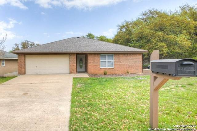 179 Mary Ann Dr, Canyon Lake, TX 78133 (MLS #1520082) :: BHGRE HomeCity San Antonio