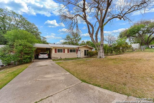 8306 Robin Hill Dr, San Antonio, TX 78230 (MLS #1520092) :: 2Halls Property Team | Berkshire Hathaway HomeServices PenFed Realty