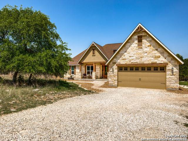 205 White Oak Trail, Boerne, TX 78006 (MLS #1520182) :: The Real Estate Jesus Team
