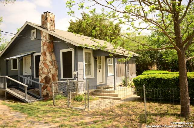 109 Kimball, La Vernia, TX 78121 (MLS #1520196) :: Tom White Group