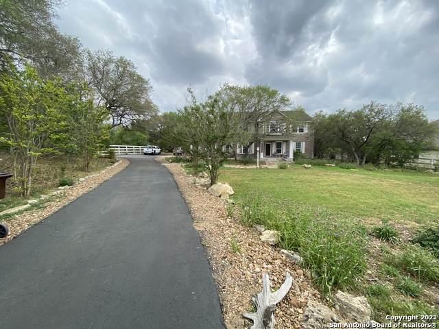 260 Wentworth, Spring Branch, TX 78070 (MLS #1520197) :: Carolina Garcia Real Estate Group