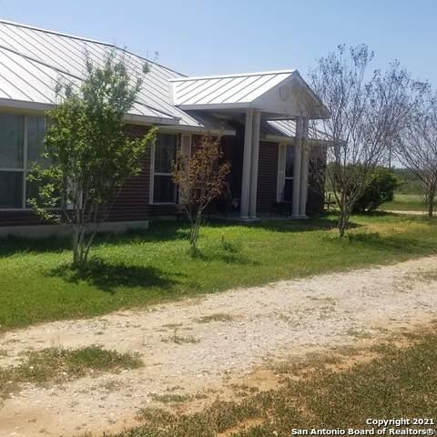 11128 S Fm 2790 W, Somerset, TX 78069 (MLS #1520330) :: Carolina Garcia Real Estate Group