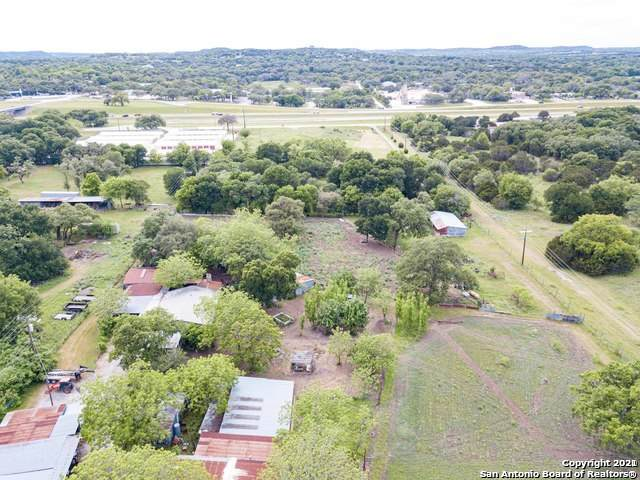 12 Honey Bee Ln, Boerne, TX 78006 (MLS #1520348) :: Tom White Group
