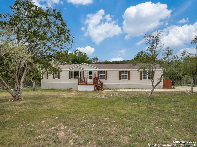 184 Derrick Dr, Spring Branch, TX 78070 (MLS #1520402) :: 2Halls Property Team | Berkshire Hathaway HomeServices PenFed Realty