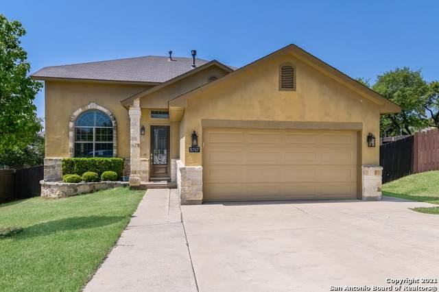 8707 Gelvani Grv, Boerne, TX 78015 (MLS #1520418) :: The Real Estate Jesus Team