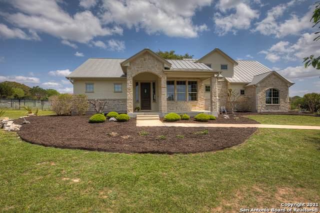 930 Cross Oak, New Braunfels, TX 78132 (MLS #1520460) :: The Lopez Group