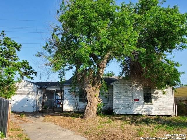 746 E Cornelia Circle, Corpus Christi, TX 78408 (MLS #1520636) :: Carolina Garcia Real Estate Group