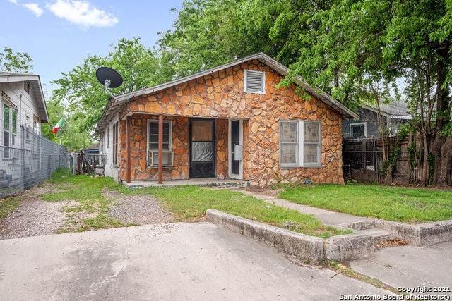 1010 Lombrano St, San Antonio, TX 78207 (MLS #1520678) :: Beth Ann Falcon Real Estate