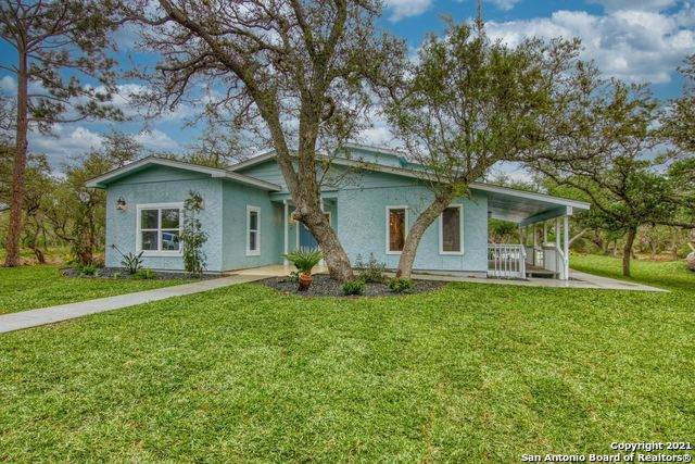 1120 W Rhodes Ave, Aransas Pass, TX 78336 (MLS #1520686) :: Williams Realty & Ranches, LLC