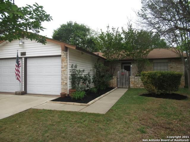 9755 Timber Path, San Antonio, TX 78250 (MLS #1520695) :: The Real Estate Jesus Team