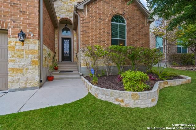 5807 Cedar Hill Way, San Antonio, TX 78253 (MLS #1520775) :: The Castillo Group
