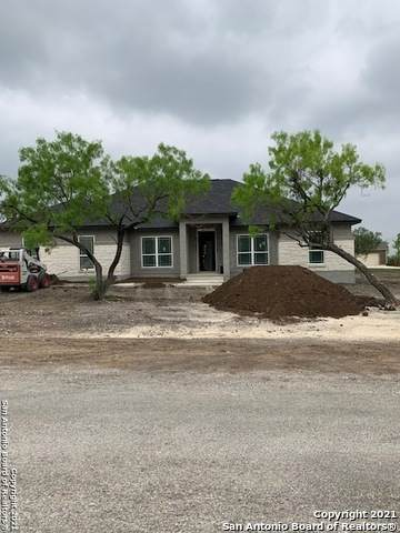 110 Cr 3829, San Antonio, TX 78253 (MLS #1520783) :: The Mullen Group | RE/MAX Access