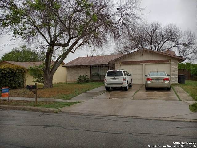 1015 Hickory Trail St, San Antonio, TX 78245 (MLS #1520785) :: The Gradiz Group