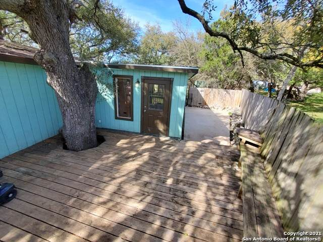 9011 Easy St, San Antonio, TX 78266 (#1521011) :: The Perry Henderson Group at Berkshire Hathaway Texas Realty