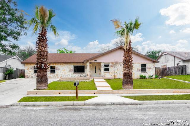 5819 Burkley Springs St, San Antonio, TX 78233 (MLS #1521037) :: Real Estate by Design