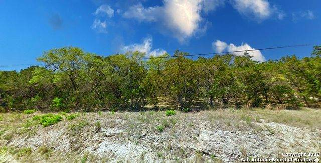 LOT 1-2 E 45TH ST, Lakehills, TX 78003 (MLS #1521113) :: REsource Realty