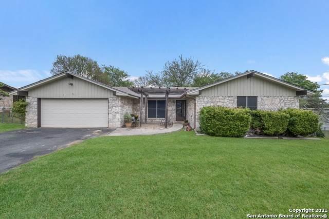 100 Austin Dr S, Boerne, TX 78006 (MLS #1521115) :: Carolina Garcia Real Estate Group