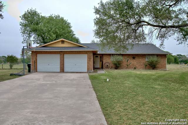 507 River Oak Dr, Seguin, TX 78155 (MLS #1521154) :: Real Estate by Design