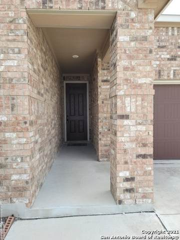 6402 Wind Path, San Antonio, TX 78239 (MLS #1521157) :: The Gradiz Group