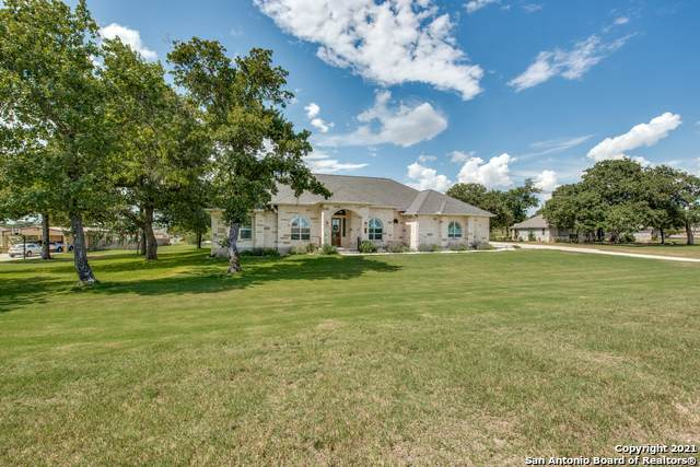 279 Abrego Lake Dr, Floresville, TX 78114 (MLS #1521357) :: The Mullen Group | RE/MAX Access