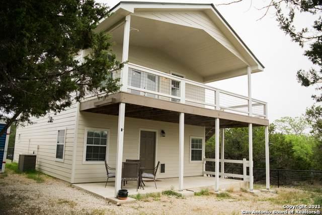 1246 Greenbriar Dr, Canyon Lake, TX 78133 (MLS #1521359) :: Keller Williams Heritage