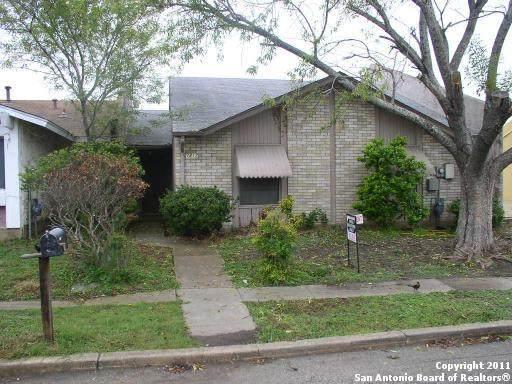 1217 Longmont St, San Antonio, TX 78245 (MLS #1521623) :: The Lopez Group