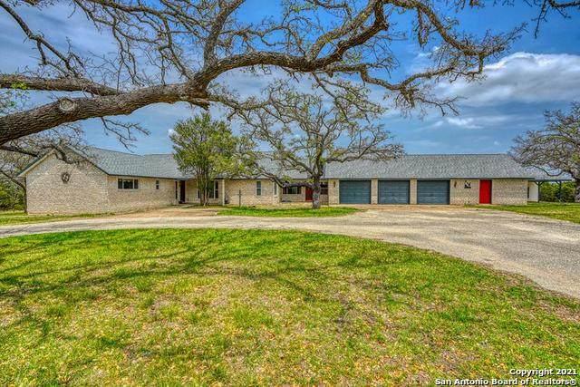 232 W Lacey Oak Pkwy, Kerrville, TX 78028 (MLS #1521709) :: Williams Realty & Ranches, LLC