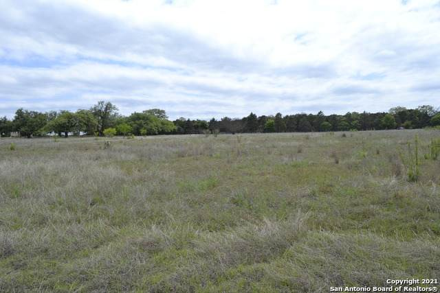 1 Morgan Trce, Bandera, TX 78003 (MLS #1521822) :: The Gradiz Group