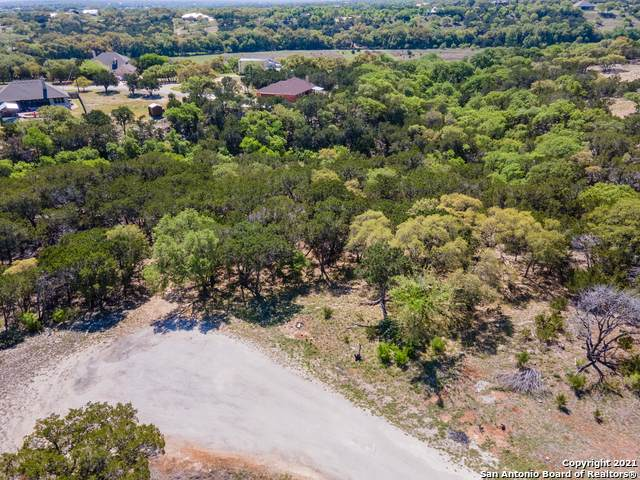 TBD LOT 8 Deer Run, Bandera, TX 78003 (MLS #1521828) :: Tom White Group