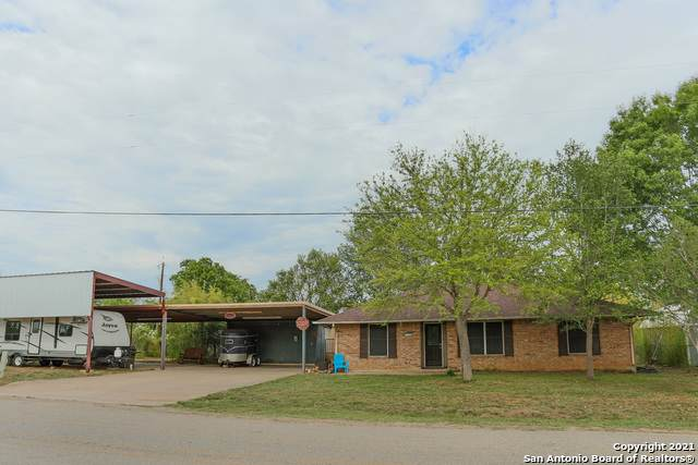 1151 Ilka Switch, Seguin, TX 78155 (MLS #1521830) :: JP & Associates Realtors
