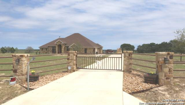 173 Triple Bend Dr, La Vernia, TX 78121 (MLS #1521893) :: The Mullen Group | RE/MAX Access