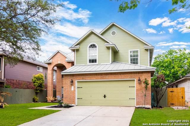 10530 Pembriar Cir, San Antonio, TX 78240 (MLS #1521942) :: 2Halls Property Team | Berkshire Hathaway HomeServices PenFed Realty