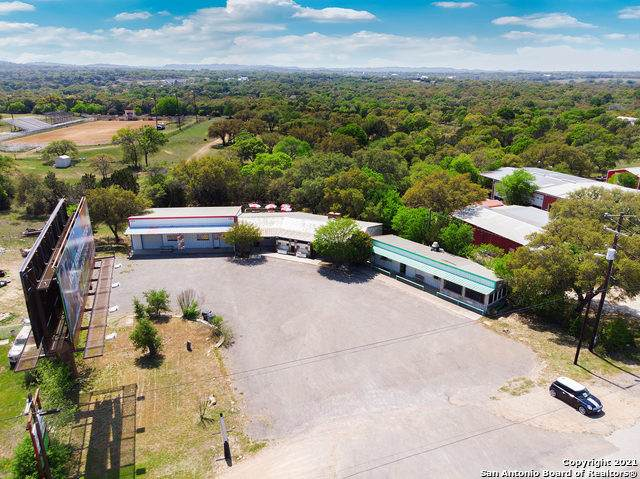 1725 Us-281 S, Blanco, TX 78606 (MLS #1522059) :: The Lugo Group
