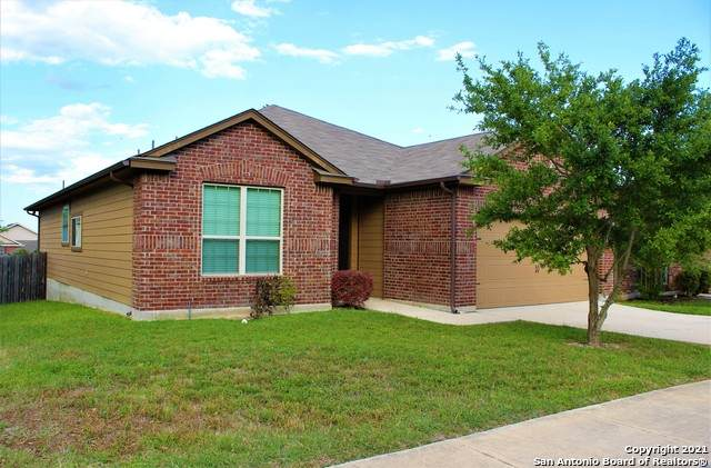 8615 Cheyenne Bluff, Converse, TX 78109 (MLS #1522161) :: Tom White Group