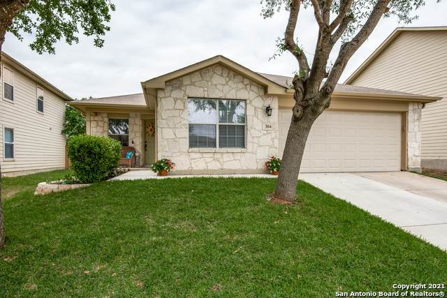 304 Prickly Pear Dr, Cibolo, TX 78108 (MLS #1522163) :: Tom White Group