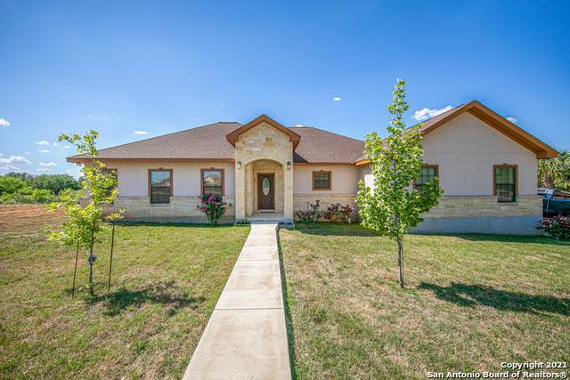 20063 Hyde Park, Lytle, TX 78052 (MLS #1522213) :: Tom White Group