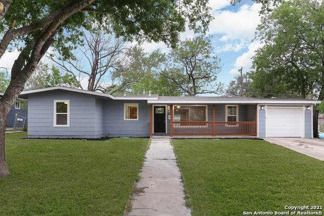 142 Pollydale Ave, San Antonio, TX 78223 (MLS #1522321) :: Alexis Weigand Real Estate Group