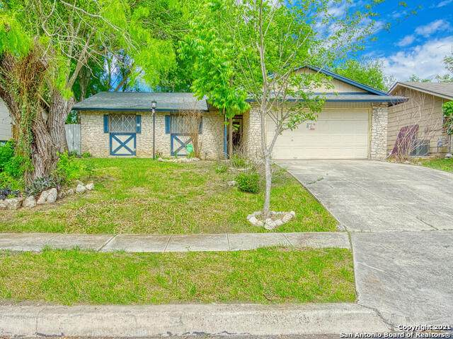 8407 Glen Breeze, San Antonio, TX 78239 (MLS #1522475) :: Keller Williams Heritage