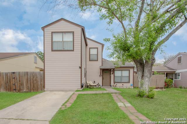 6360 Village Club, San Antonio, TX 78250 (MLS #1522504) :: 2Halls Property Team | Berkshire Hathaway HomeServices PenFed Realty