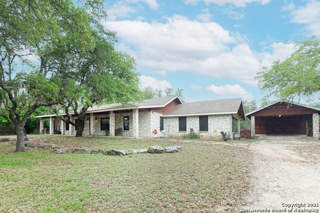 104 Rusty Ln, Boerne, TX 78006 (MLS #1522516) :: The Glover Homes & Land Group