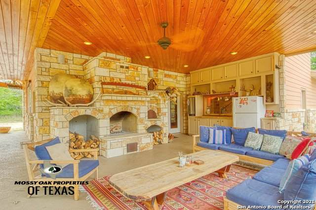 00 Fm 1681, Stockdale, TX 78160 (MLS #1522576) :: 2Halls Property Team | Berkshire Hathaway HomeServices PenFed Realty
