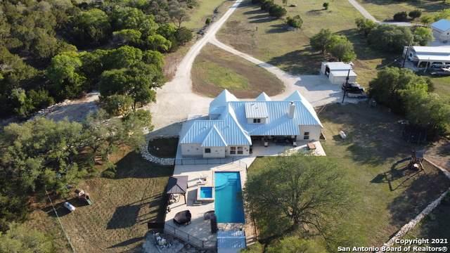 1024 Cielo Springs Dr, Blanco, TX 78606 (MLS #1522613) :: The Gradiz Group
